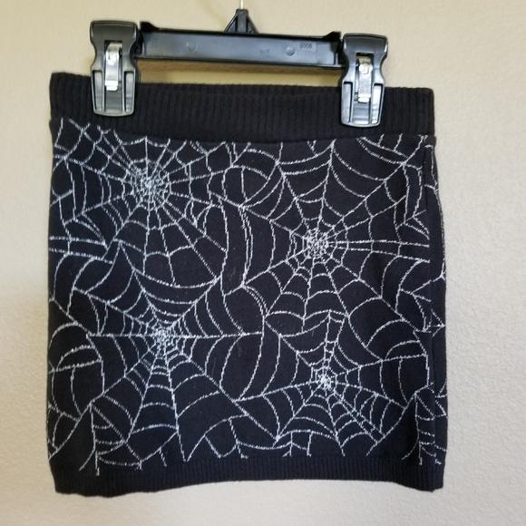 c3db7d7d58 H&M Bottoms | Hm Spider Web Knit Little Girls Skirt Halloween | Poshmark